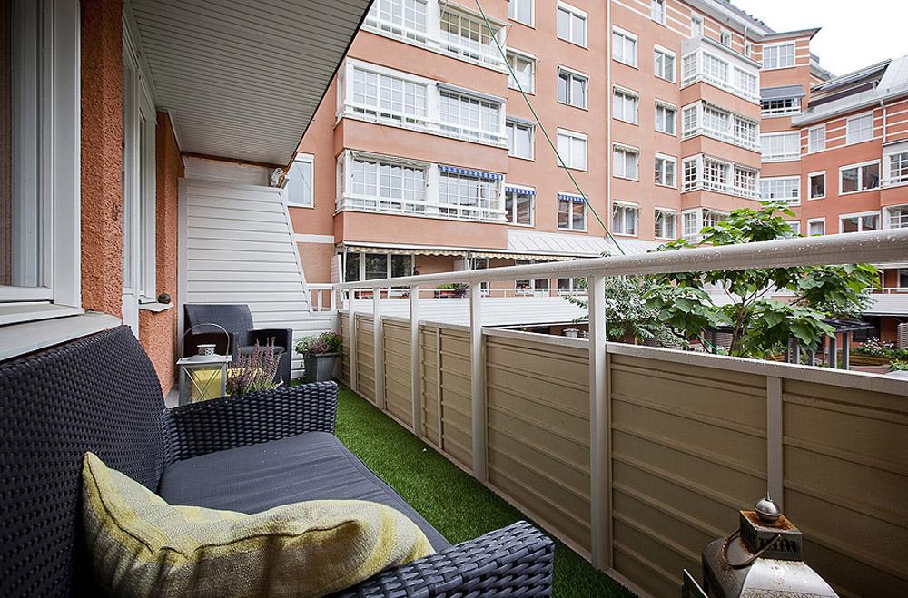 balcony-design-ideas-l-c683d7405772d254